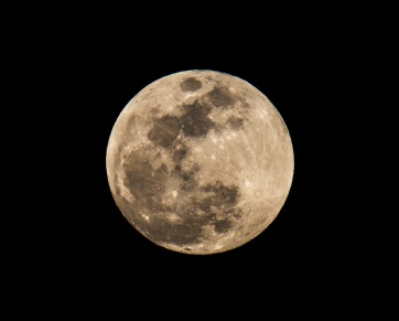 Moon 3-22-16